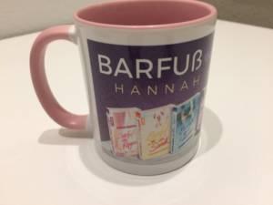 Tasse mit Barfuß Büchern von Hannah Siebern