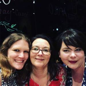 Autorinnen MArah Woolf, Poppy J. Anderson und Hannah Siebern gemeinsam auf der Buchmesse 2018 in Leipzig
